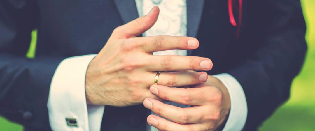 Aan welke hand draag je je trouwring?
