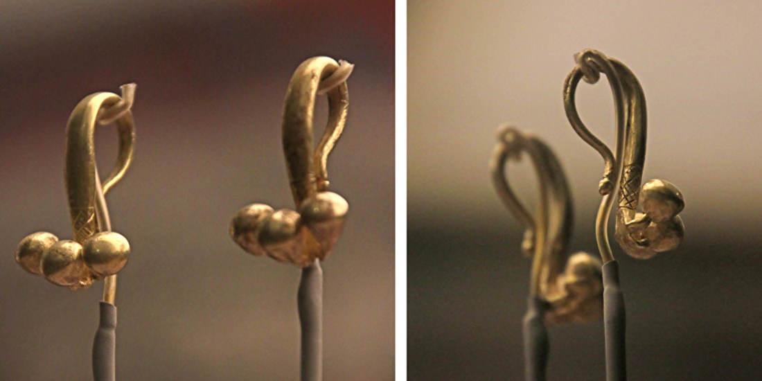 Een paar eenvoudige oorbellen gevonden in een vrouwengraf van Kaluraz, 850 - 550 v.C. Let op het gegraveerde detail net achter de drie bolletjes. Dit soort verfijning maakt het speciaal.