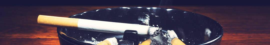 Voor de Rokers - Iedereen weet dat roken niet gezond is, maar wat het ten gevolg heeft is wel handig voor diegenen die hun zilveren sieraden schoon willen maken: de as!