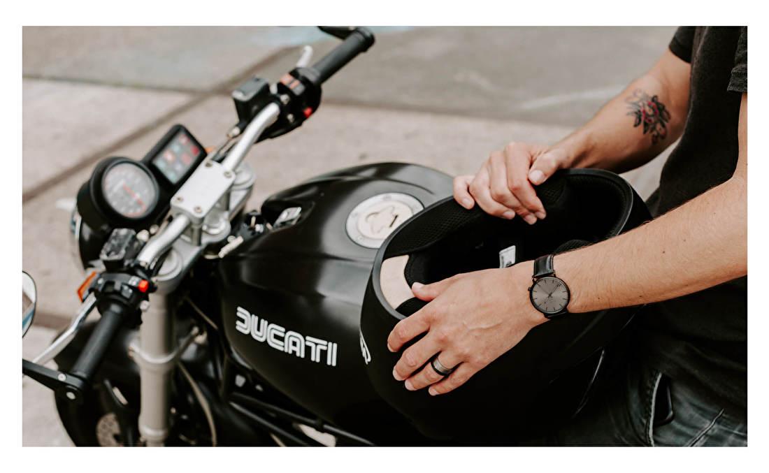 De horloges van KANE zijn geïnspireerd door de minimalistische beweging in Tokyo en ontworpen in hartje Amsterdam. Juwelier It's Beautiful