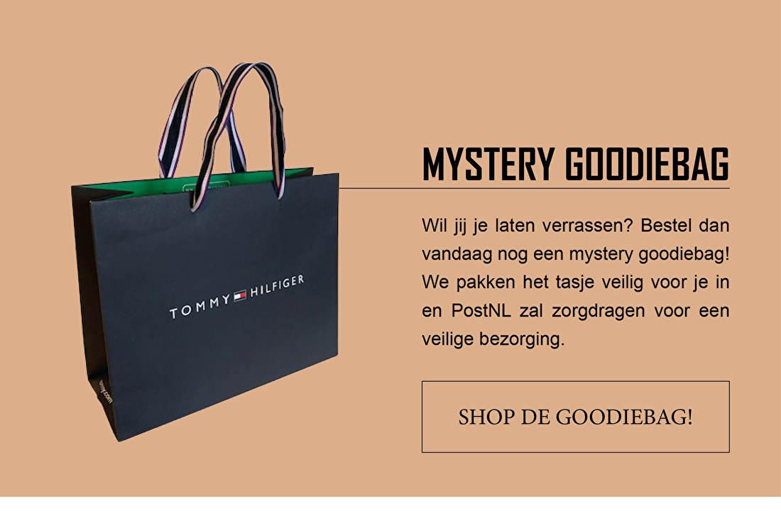 MYSTERY GOODIEBAG - Wil jij je laten verrassen? Bestel dan vandaag nog eem mystery gooediebag! We pakken het tasje veilig voor je in en PostNL zal zorgdragen voor een veilige bezorging.