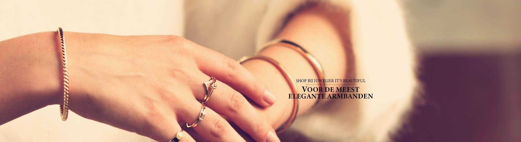 Shop bij juwelier It's Beautiful voor de meest elegante armbanden