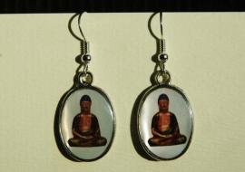 Boeddha-oorbellen, bruin met witte achtergrond (OBF-15)