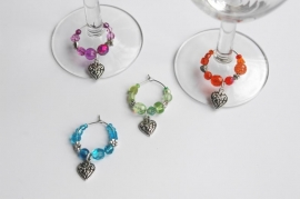 Winecharms in felle kleuren, met hartjes (WCT-007)