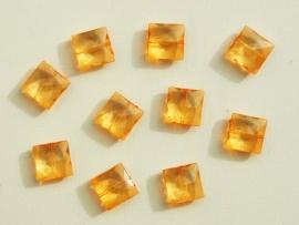 Oranje-gele plat vierkante facetkralen (AC-081-PH)