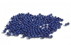 Kleine pareltjes in donkerblauw (P-149)