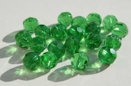 Groene facetkralen 1 cm (F-070-PH)