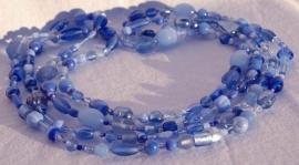 Mevrouw Van Ommeren in blauwnuances (MVO-06)