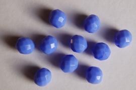 Middenblauwe opaque facetkralen  1 cm (F-040)