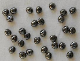 Donkergrijze nuggets met metaalglans (CB-08)