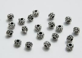 Dikke spacers van Tibetaans Zilver (M-022-PH)