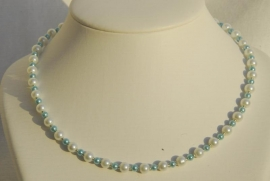 Parelketting in wit met aqua (PK-07)