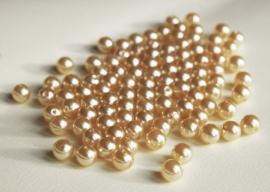 Zachtgouden kunststof parels, 8 mm (P-171-TC)