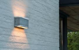 Barr Large Aluminium wandlamp Frezoli