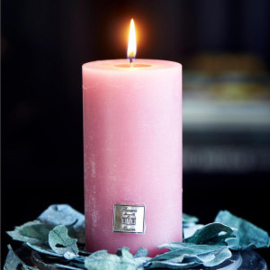 Rustic Candle raspberry 7x13 Riviera Maison 399610
