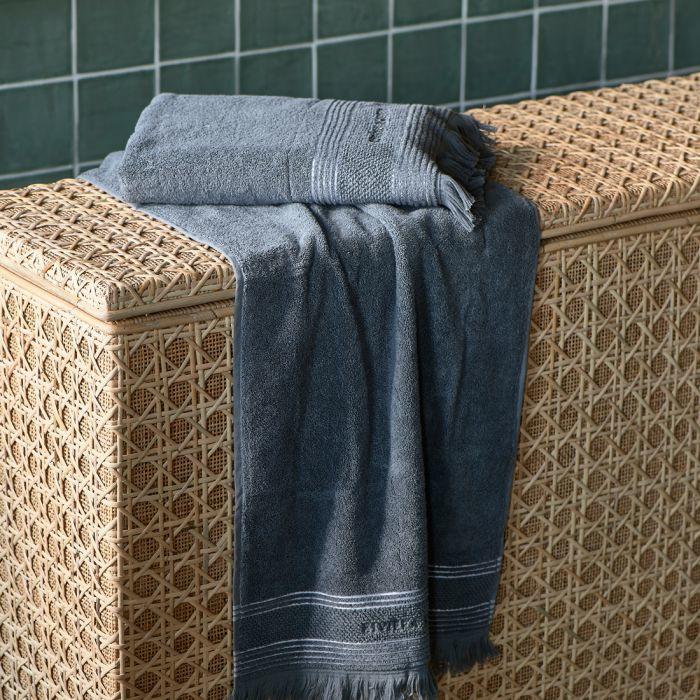 Serene anthracite Towel  140x70 Riviera Maison 482150