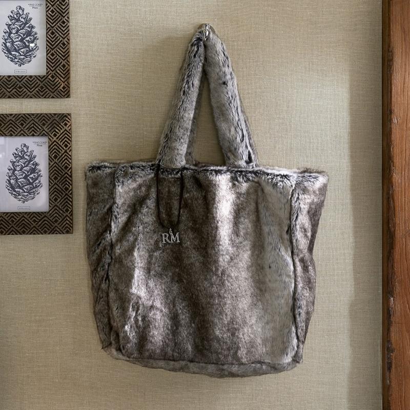 Fabulous Faux Fur Bag grey Riviera Maison 494050