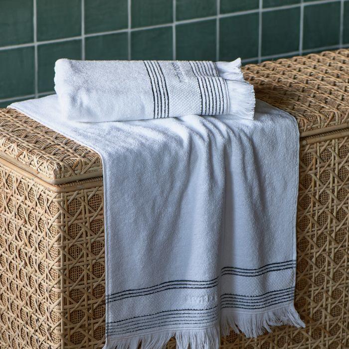 Serene white Towel  100x50 Riviera maison 482090