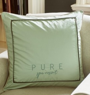 Pure Spa Resort Pillow Cover green 60x60 kussenhoes Riviera Maison 366690