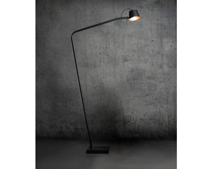 Pliz vloerlamp Mat zwart, zwart kapje binnenzijde kap koper  Frezoli L.214.1.650