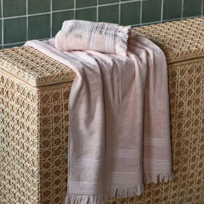 Serene blossom Towel  140x70 Riviera Maison -482120