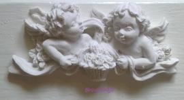 Engeltjes met bloemenmand