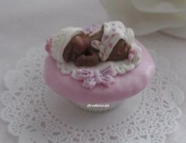 Mal cupcake baby love