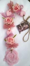 *Nieuw*      Zeepketting grote roos Poederrose
