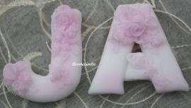 **Nieuw** Romantische Zeep letters.