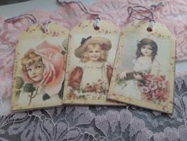 Bloemenmeisjes label 3