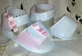 Baby Sandaaltjes met strikjes