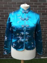 Prachtig turquoise brokaat getailleerd Chinees jasje met pruimenbloesem
