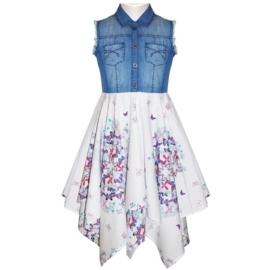 Geweldig zwierig puntenjurkje met denim top en witte rok met bloemen en vlinders