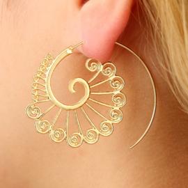 Tribal oorsteker pauw goud