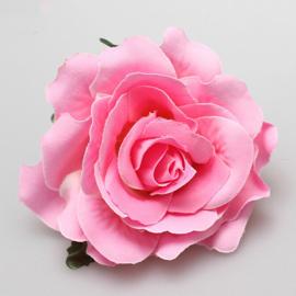 Prachtige  roze roos op haarclip/broche