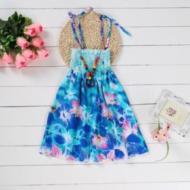 Superleuk zomerjurkje turquoise met roze en blauwe bloemen + ketting