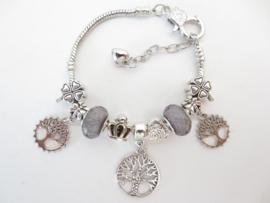 Prachtige Pandora style armband met Tree of Life bedels, klavertjes vier en antraciet kralen
