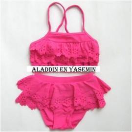 Superleuke fuchsia roze bikini met vast rokje