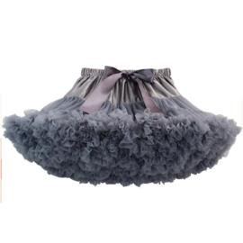 Heerlijke fluffy pettiskirt zilver grijs maat 110 t/m 128