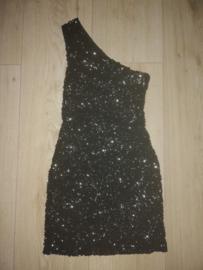 Superleuk glitterjurkje met één schouderbandje zwart 34/36