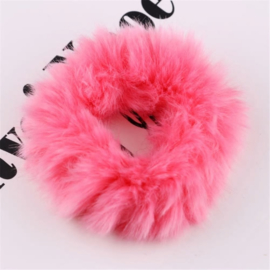 Hardroze fluffy scrunchie!