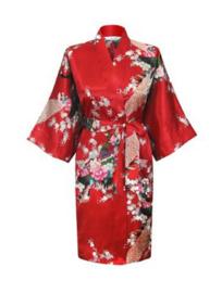 Prachtige dameskimono met pauwen rood
