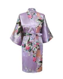 Prachtige dameskimono met pauwen lila