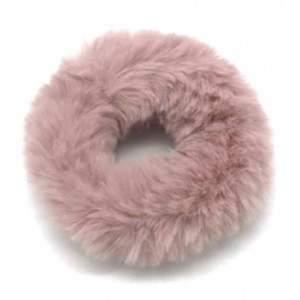 Oudroze fluffy scrunchie!
