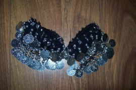 Setje polsbandjes zwart met zilveren muntjes