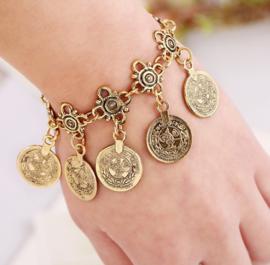 Leuke BOHO armband / enkelband met muntjes goud