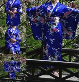 Beeldschone Geisha kimono dress met obi kobaltblauw met pauwenprint
