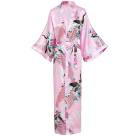 Prachtige  enkellange dameskimono met pauwen roze