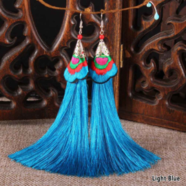 Geweldige franje oorbellen 12 cm turquoise