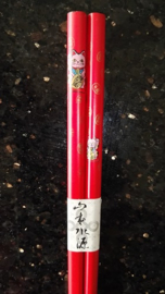 "Chopsticks / haarpennen ""Lucky cat"" gekleurd"